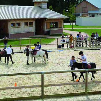 pole-international-du-cheval-deauville-ecole-manege-exterieur
